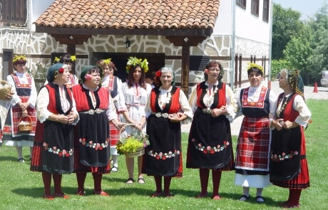 History and culture of Bulgaria - traditional folklore dresses