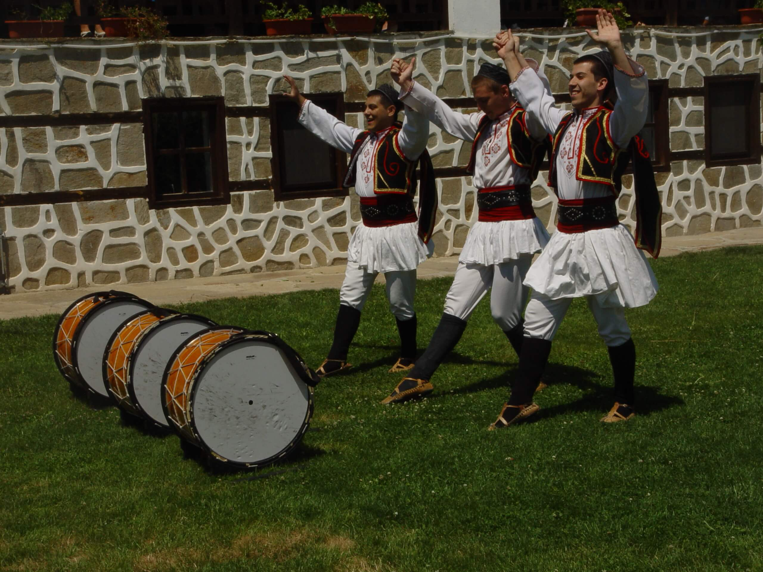 History and culture of Bulgaria - traditional folklore dance