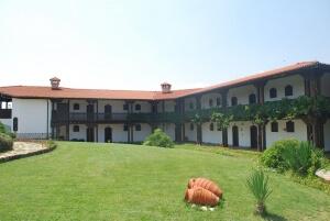 Starosel Wine & SPA Complex in Rose Valley wine region