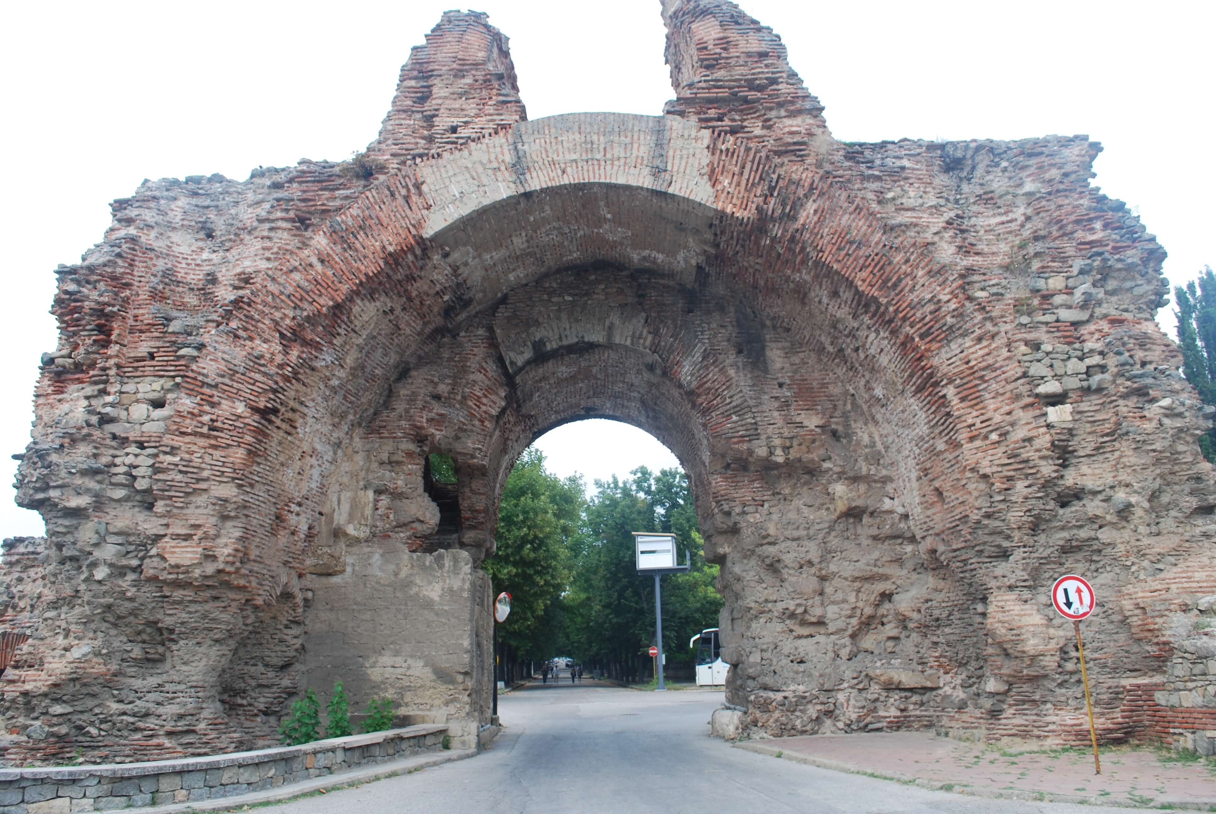 The southern gate of Hisarya - the Camels