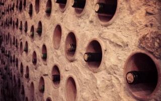 The wine wall at Enotheka Bendida