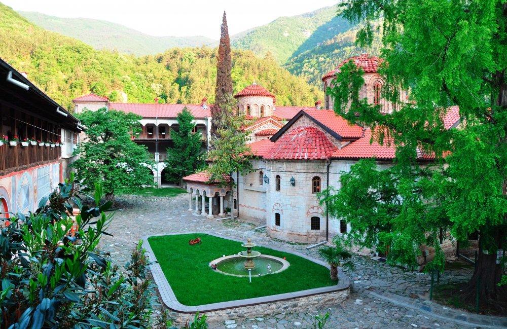 Bulgaria Wine Tours: Bachkovo monastery