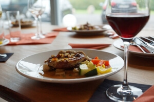 Group tour: Wine and dine tour in Bulgaria