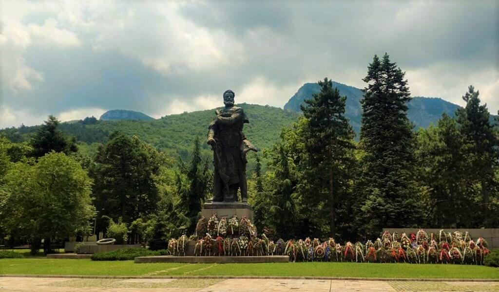 Statue of Hristo Botev in the centre of Vratsa