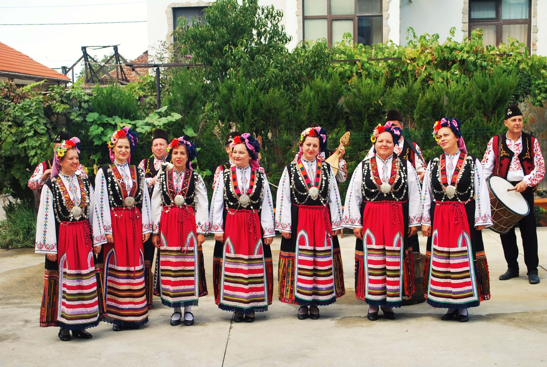 Folklore singing