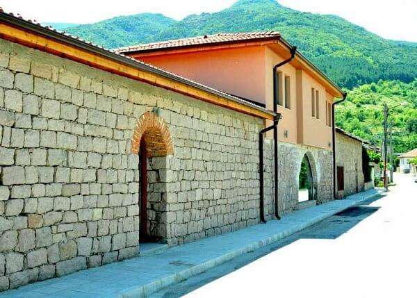 Villa Yustina