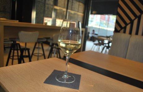 Vinopoly Wine Bar Markovo Tepe Mall Plovdiv